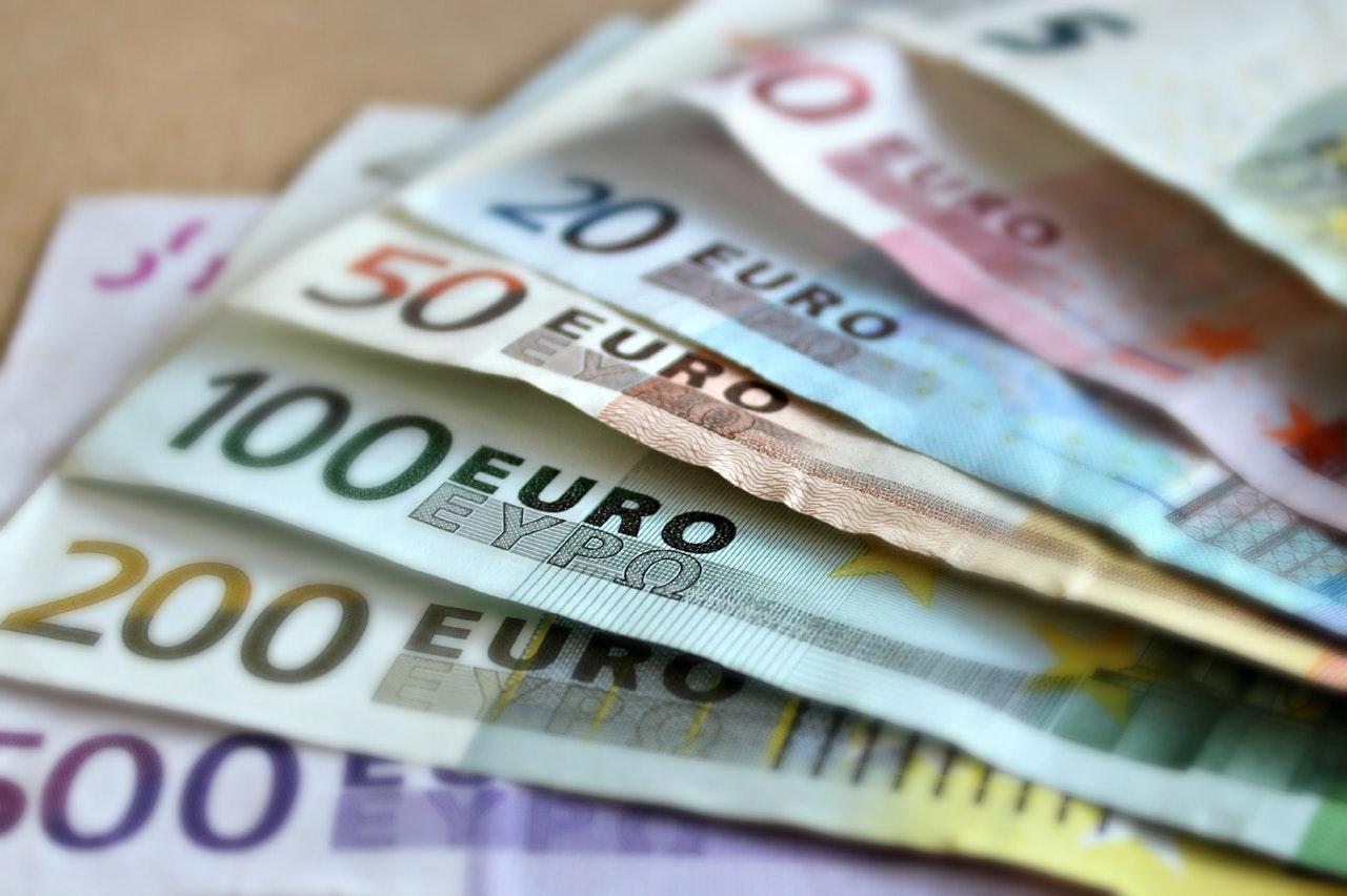 Gok je met spaargeld of een speciaal budget?